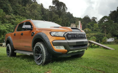 Ford Ranger on grass